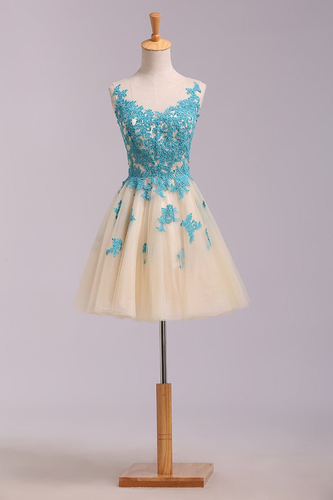 Bateau A Line Homecoming Dress Short/Mini Embellished With Applique Tulle