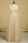 Plus Size Bateau A Line Bridesmaid Dresses Floor-Length Lace & Tulle