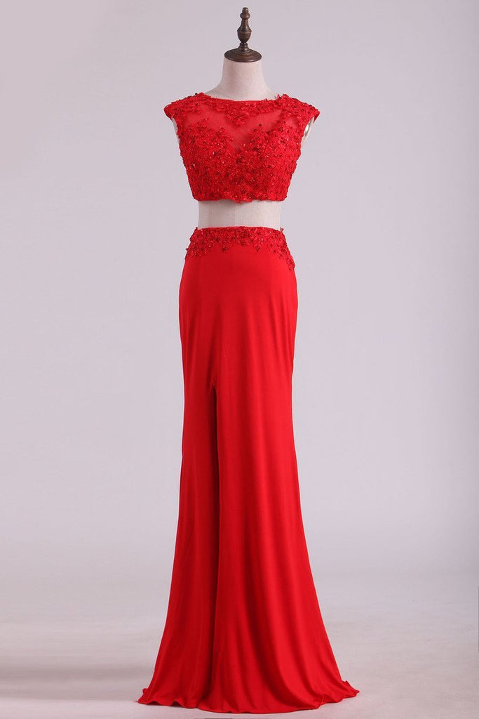 Scoop Two-Piece With Applique And Beads Spandex Sheath Prom