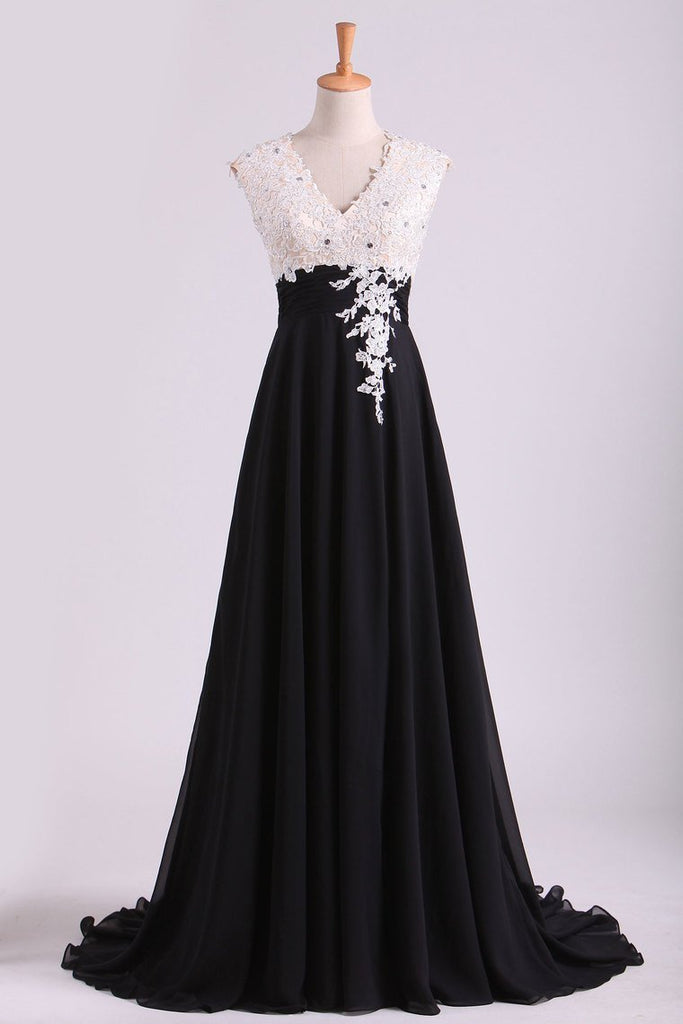 Exceptional Two-Tone V-Neck Prom Dresses A-Line With Ruffles & Applique