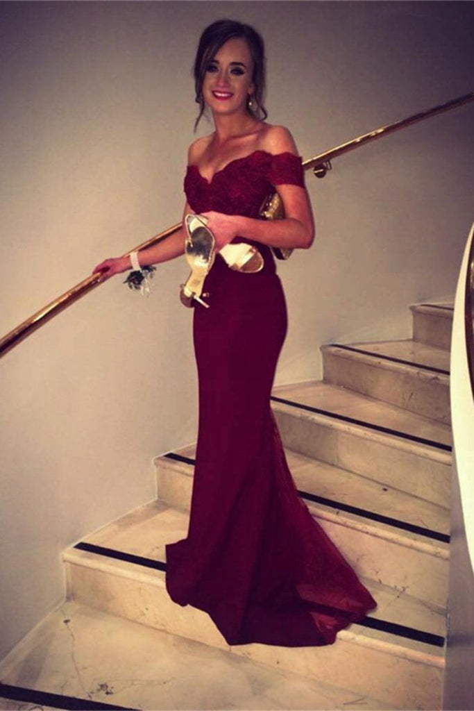 Off The Shoulder Prom Dresses Spandex Burgundy/Maroon Sweep Train With Applique