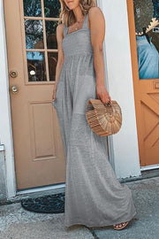 Allovely Bandeau Solid Color Pleated Jumpsuit
