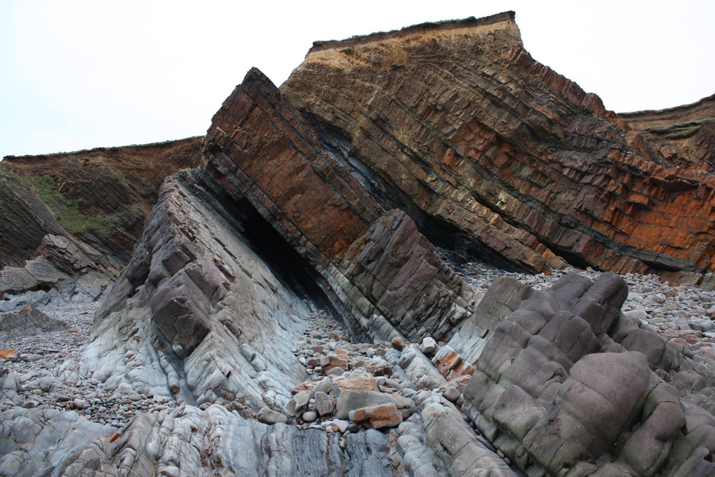 Sandstone rock strata on Northcott Mouth beach