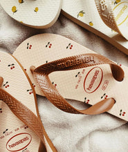 Load image into Gallery viewer, KONGES SLØJD X HAVAIANAS - CHERRY/BLUSH