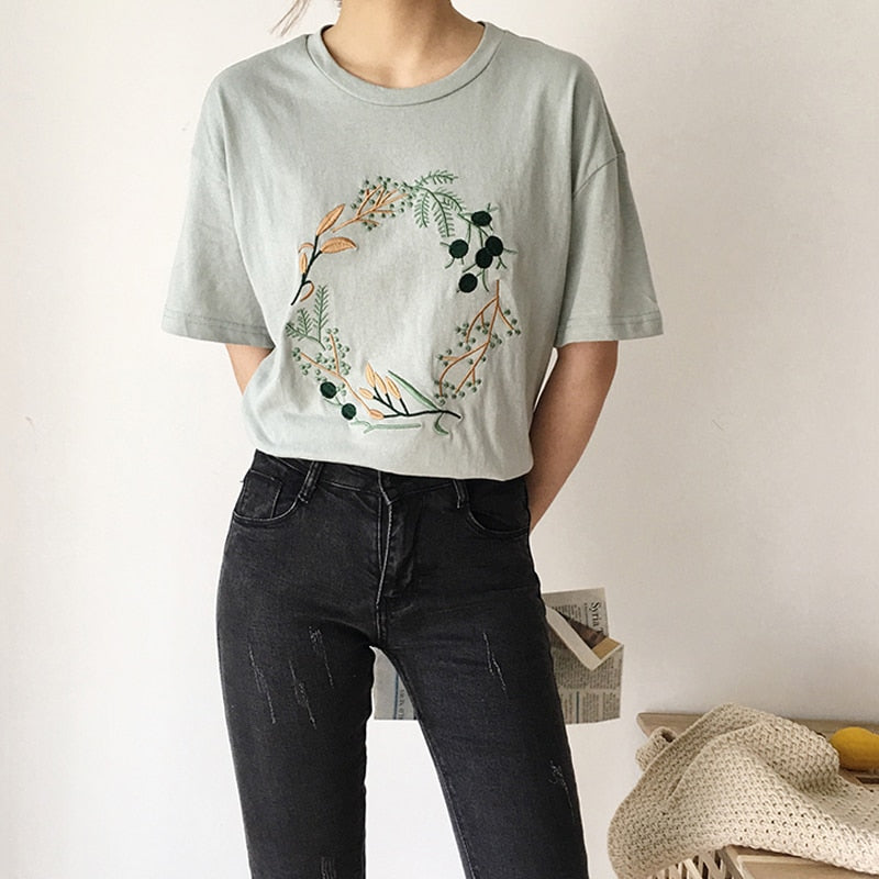 Aldorina One Size Embroidery White T-shirt