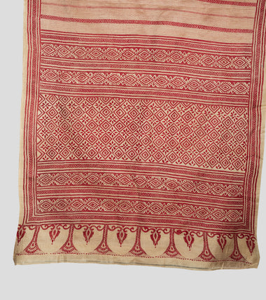 Load image into Gallery viewer, Beige N Red Gacchi Tussar Kantha Saree-Pallu