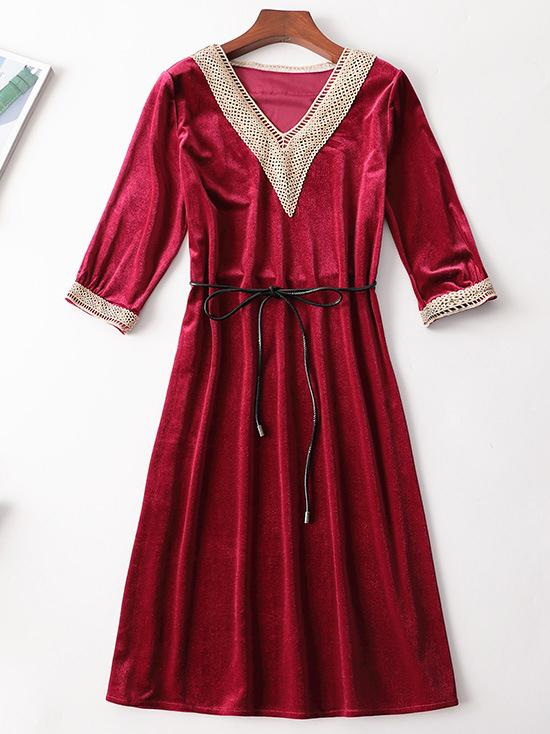 Half-sleeve women velvet v neck dress