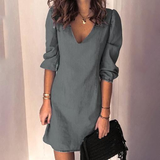 Deep v-neck simple casual pure color dress