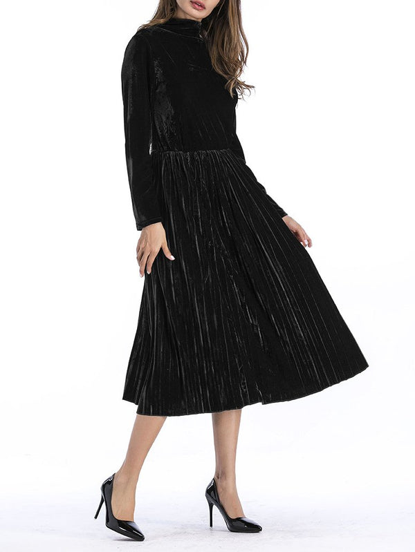 Women high collar pure black pleated dress