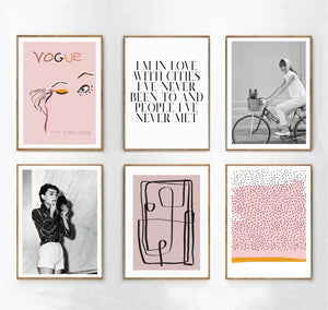 At Belle et Boudoir we offer a range of stylish fashion posters and prints inspired by the latest interior design trends. Always at an affordable price and printed to the highest quality.