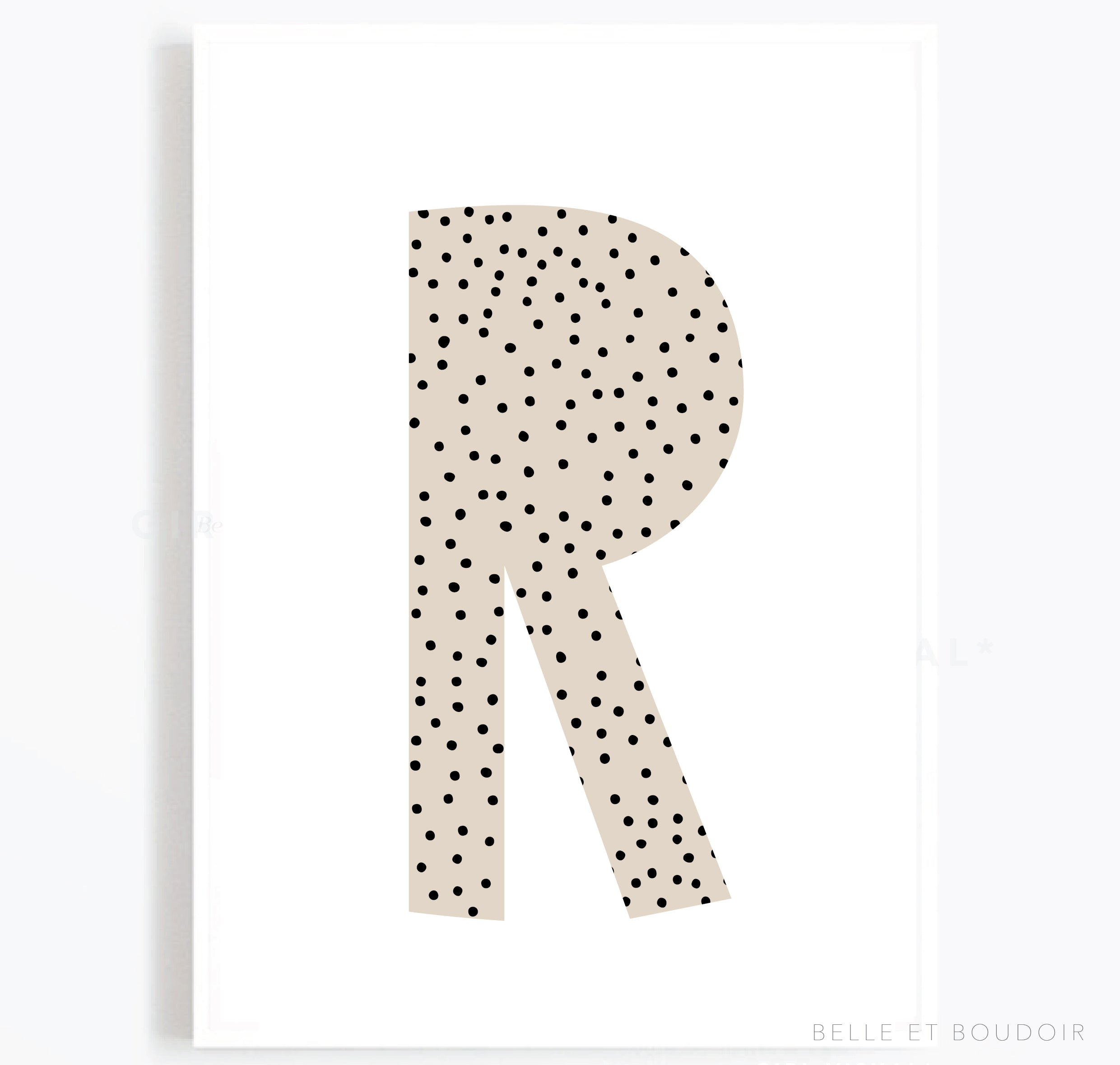 Nude letter spot print
