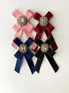 Mila Brooches- Vintage Girl Style (4 color options)