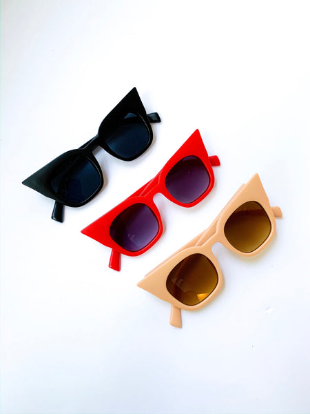 Vintage Cat Eye Sunglasses (3 Colors Available)