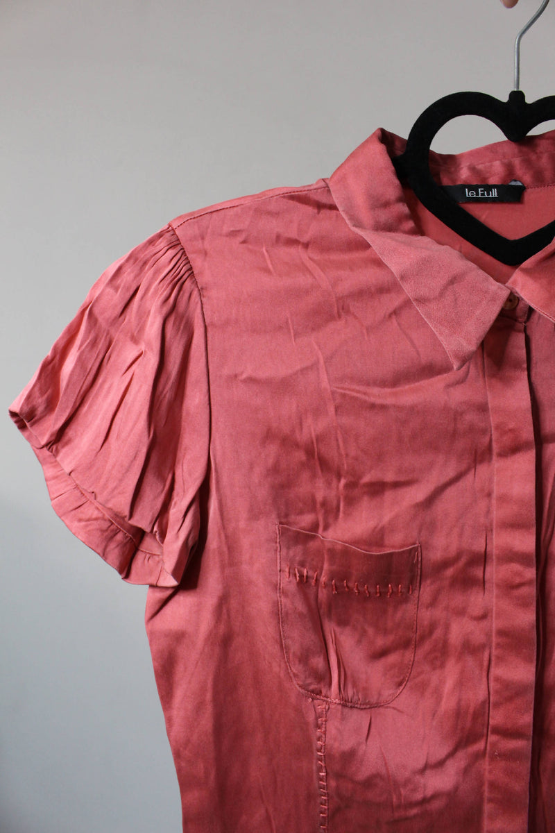 100% Silk Coral Shirt | Small