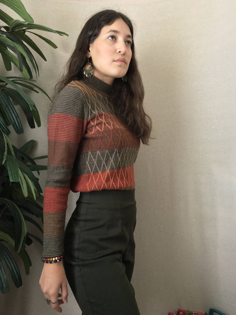 VINTAGE 90s Argyle Pattern WOOL Blend Knit Sweater