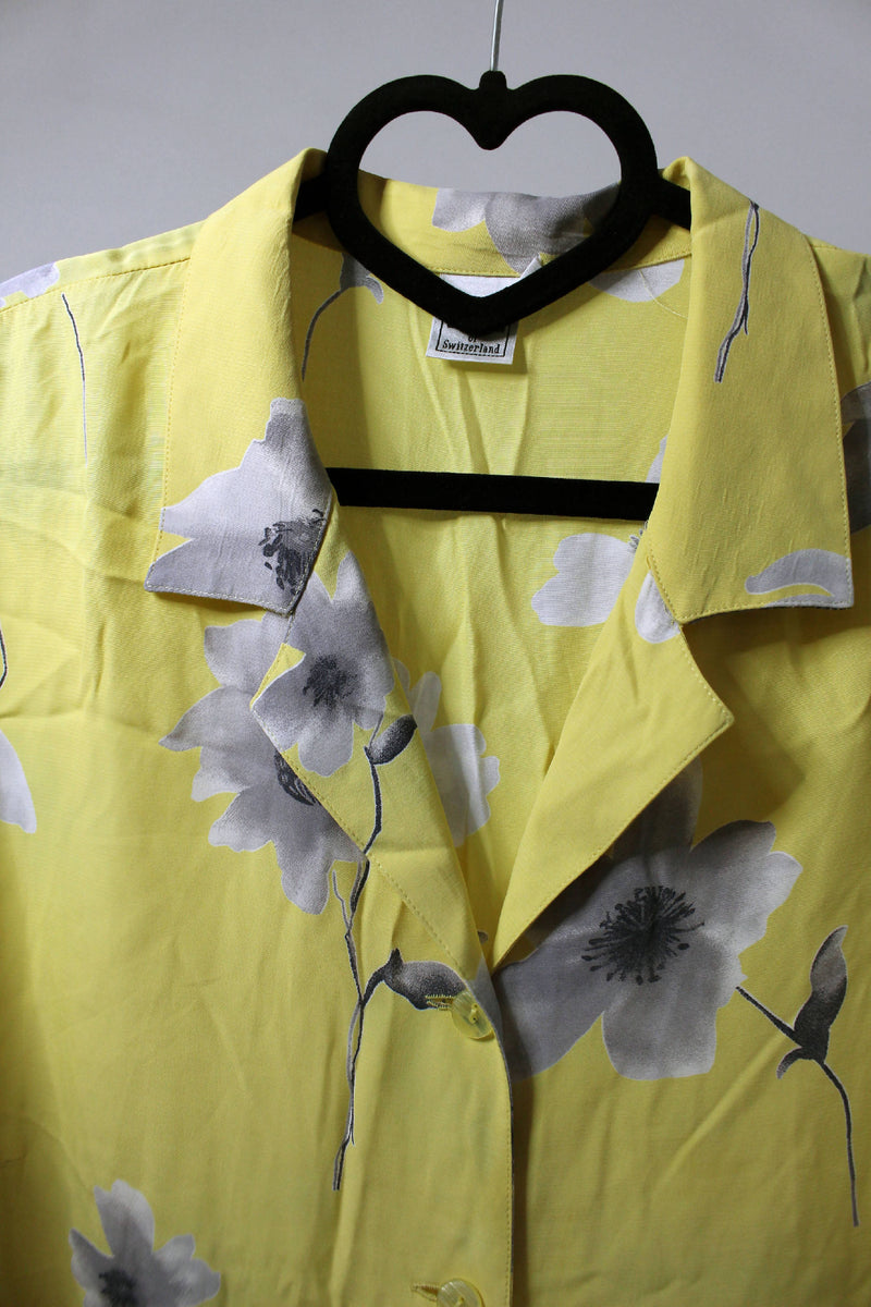 Yellow floral shirt| XXL