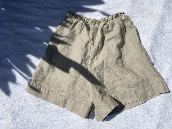 OC007- Tan Linen Mom Shorts