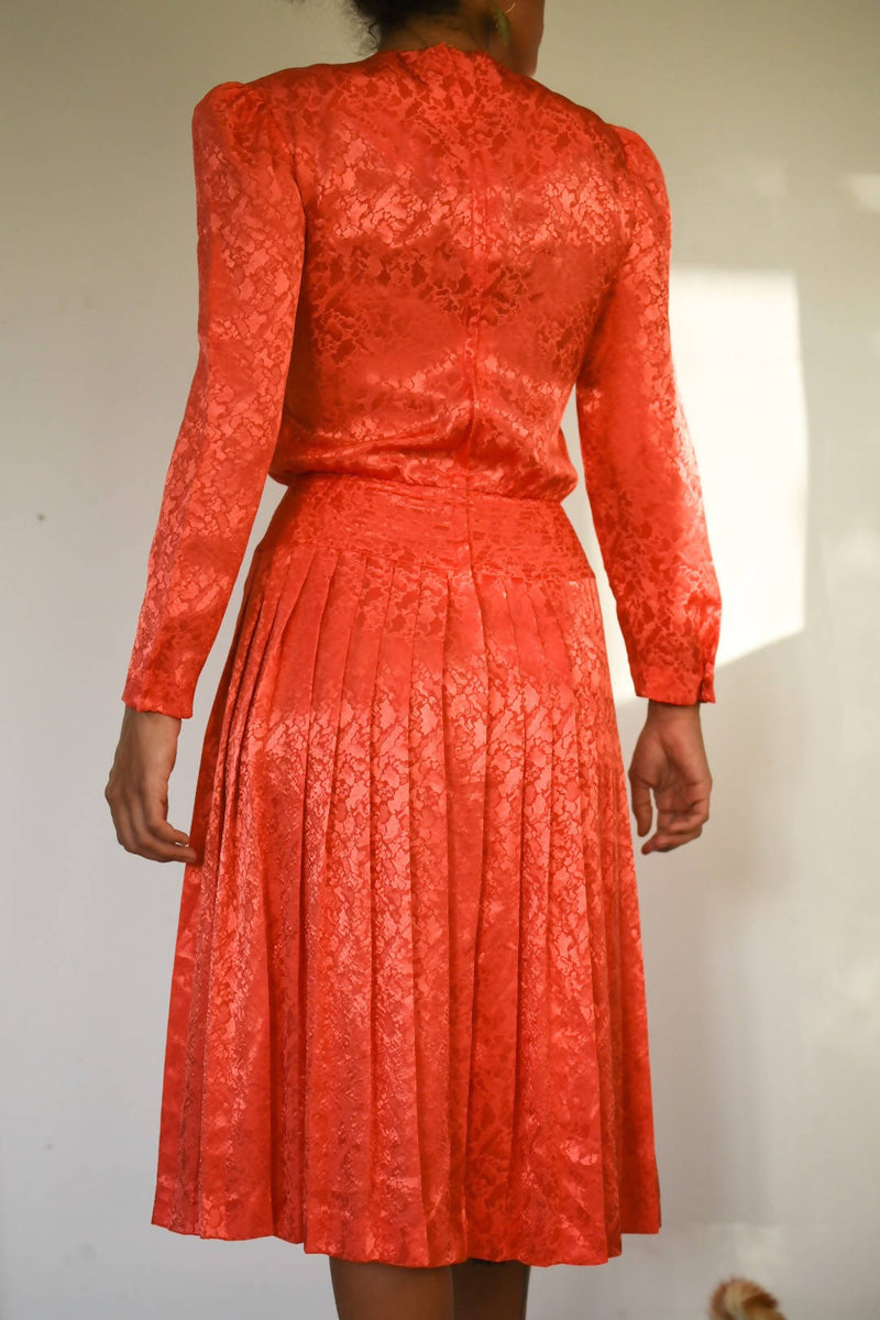 1980's coral blouson style pleated embossed dress