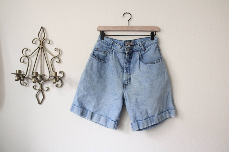 Authentic Guess 90s Cuffed Shorts