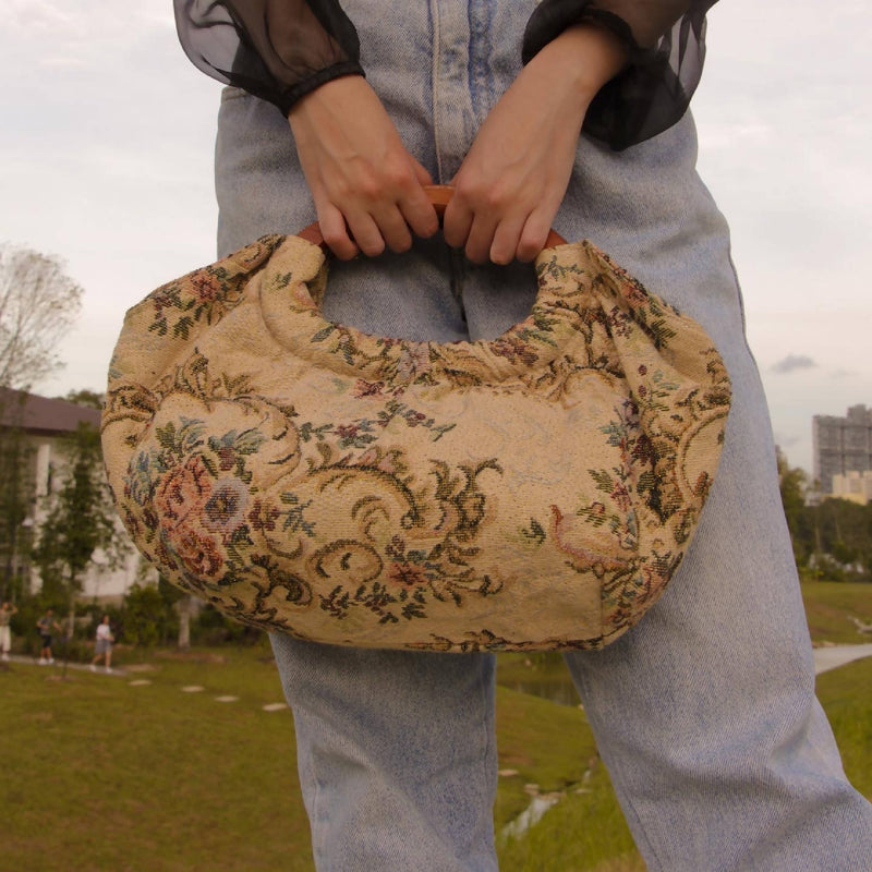 Vintage Floral Patterned Tapestry Bag