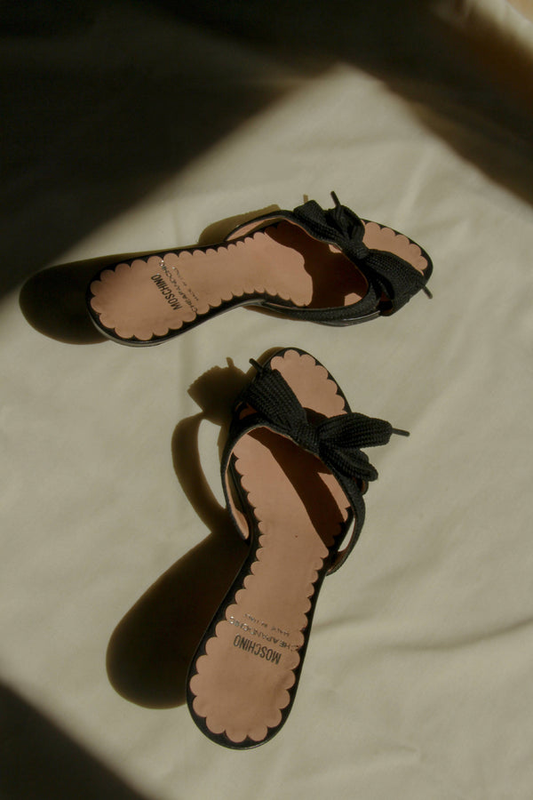 Vintage 90s Moschino Cheap & Chic Kitten heels