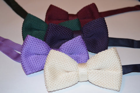 Contemporary style bow ties for your wedding