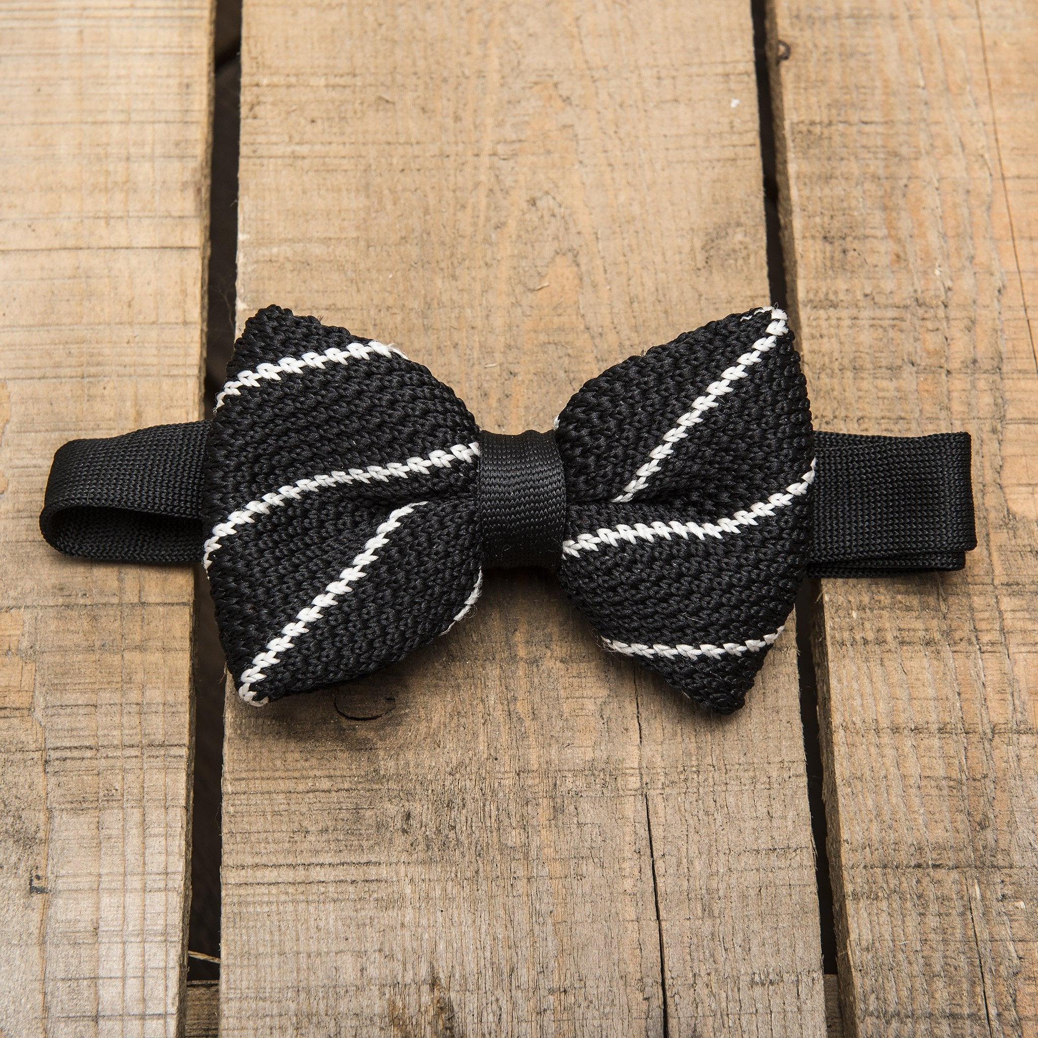 Black and White Stripe Knitted Bow Tie - Tuxedo