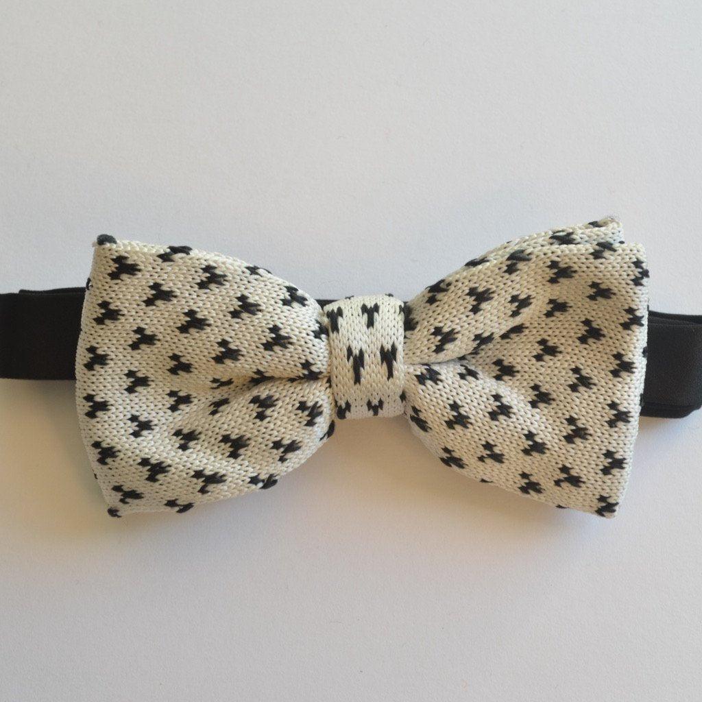 White and Black detailed knit bow tie