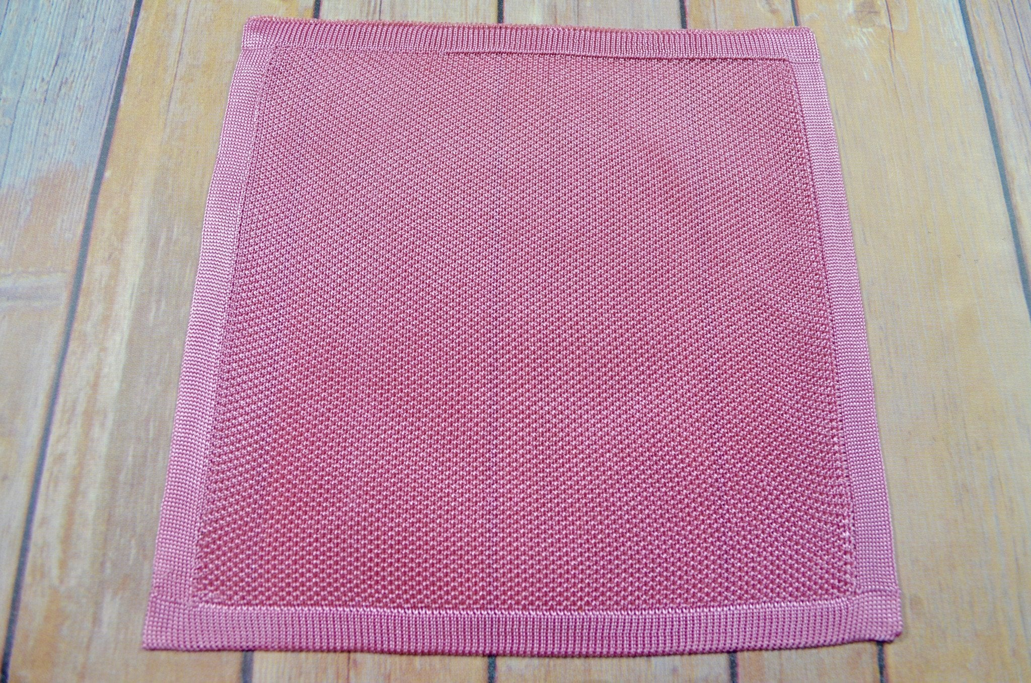 Silk Knitted Pocket Square - Pink