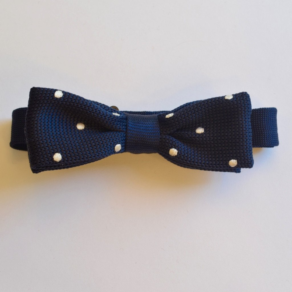 Slim Navy Blue and White Polka Dot Knitted Bow Tie