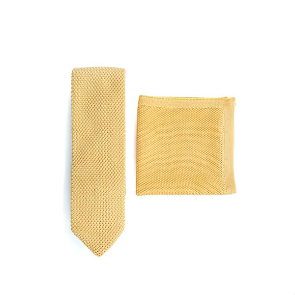 Mellow yellow knitted tie and pocket square set