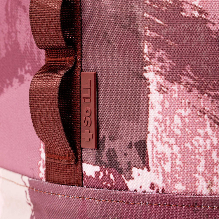 close up of texture of so ill momoa pro LV climbing upper material in blush pink