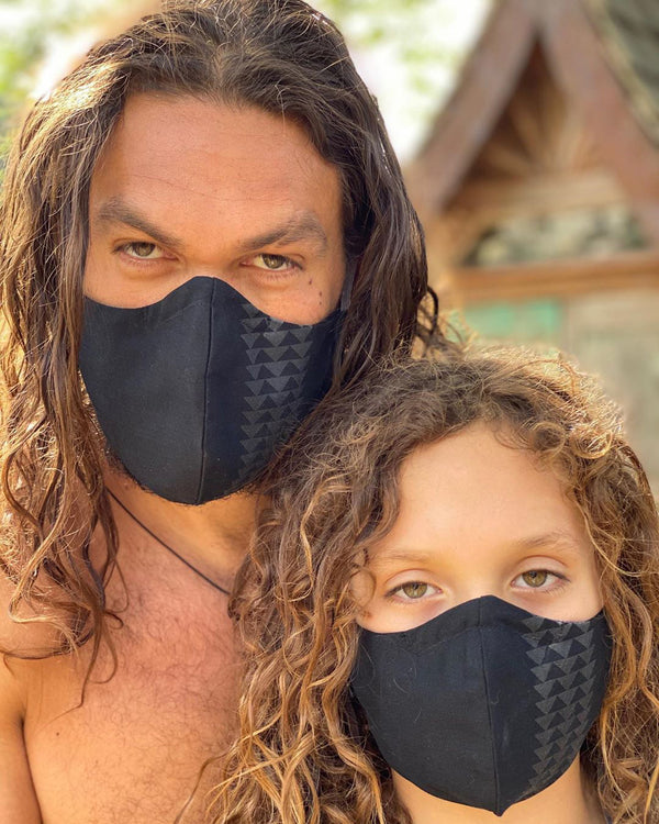 jason momoa and his son wear masks during the Covid-19 outbreak