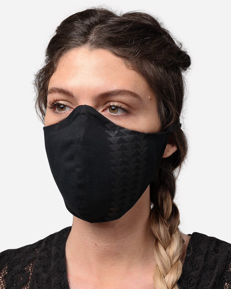 A female wear Black Wolf So iLL x Jason Momoa face mask