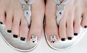 CUTE BUNNY TOES