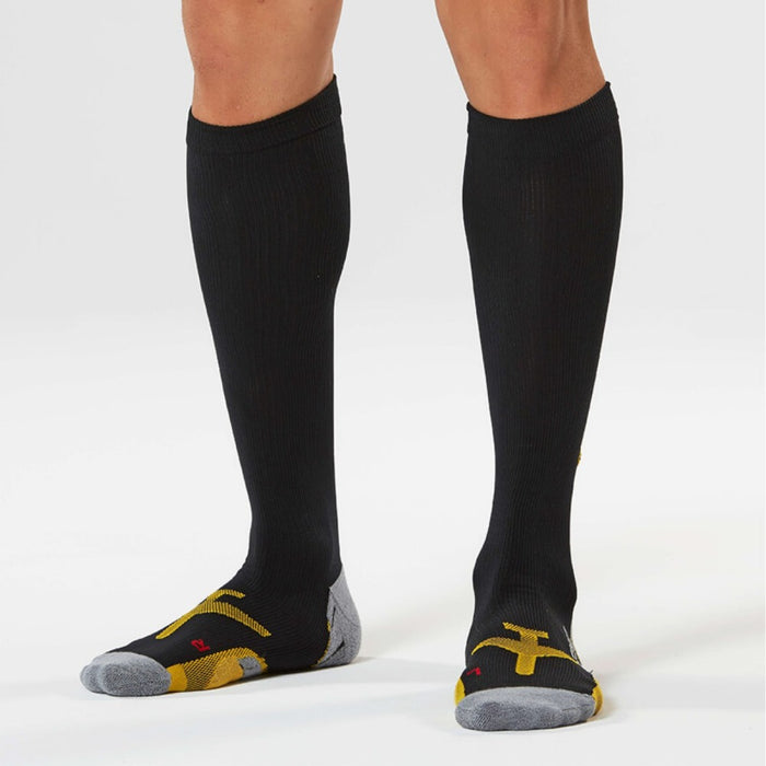 2XU Men's Flight Compression Sock - Black/Yellow