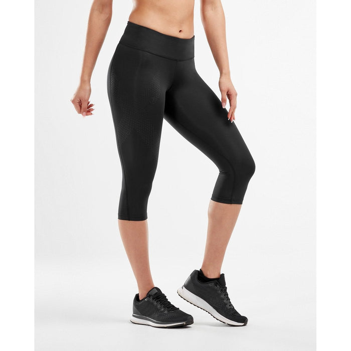 2XU Women's Mid-Rise Compression 3/4 Tights - Breathable and Lightweight | Reduced Muscle Soreness | Power Weight and Flexibility Fabric