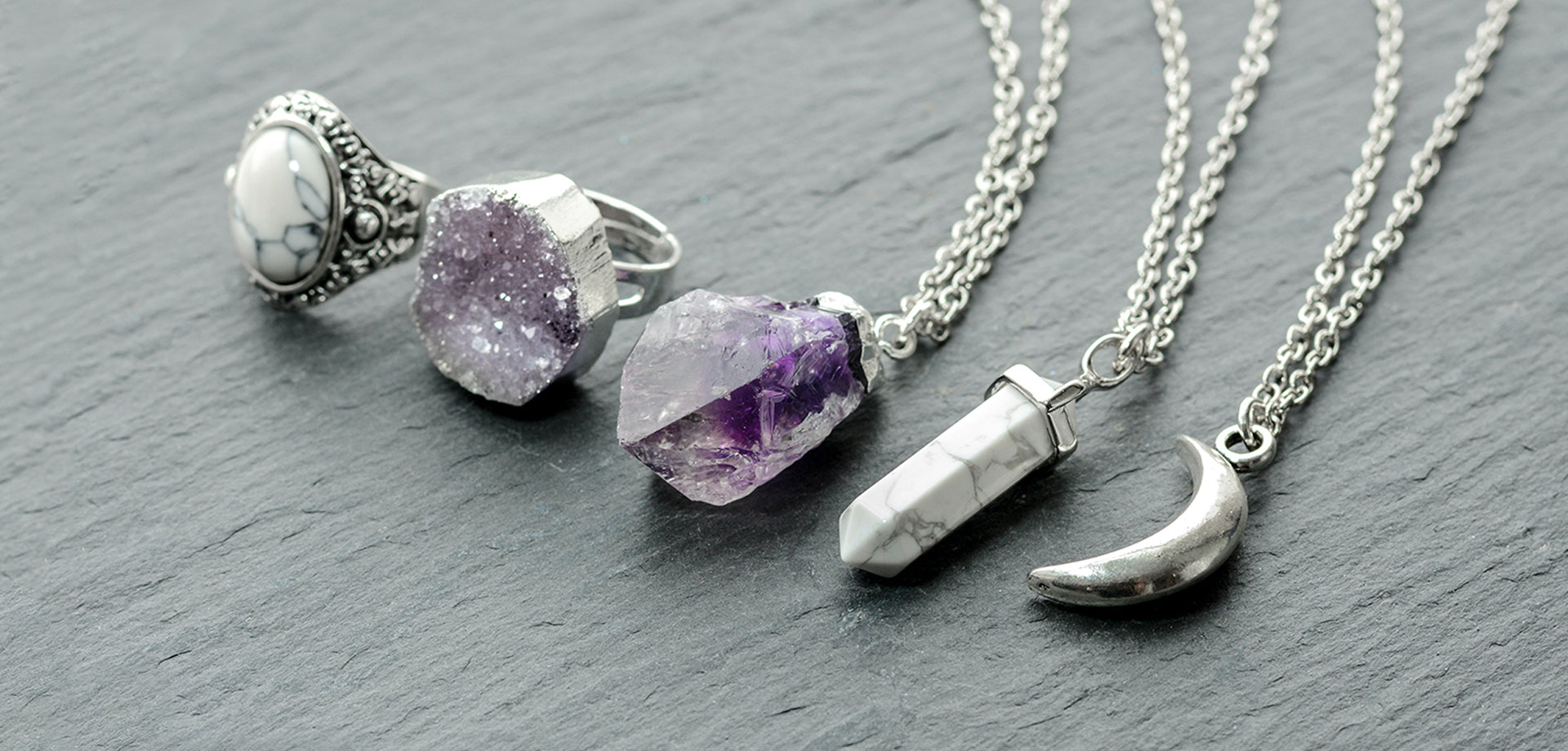 Amethyst crystal pendants to sparkly quartz rings. Find the perfect gift here
