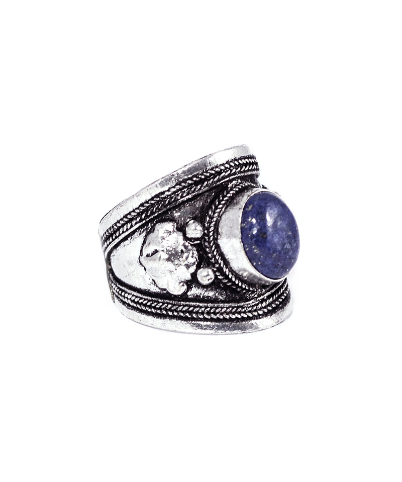 Tibetan Midnight Blue Amulet Silver Trinket Ring