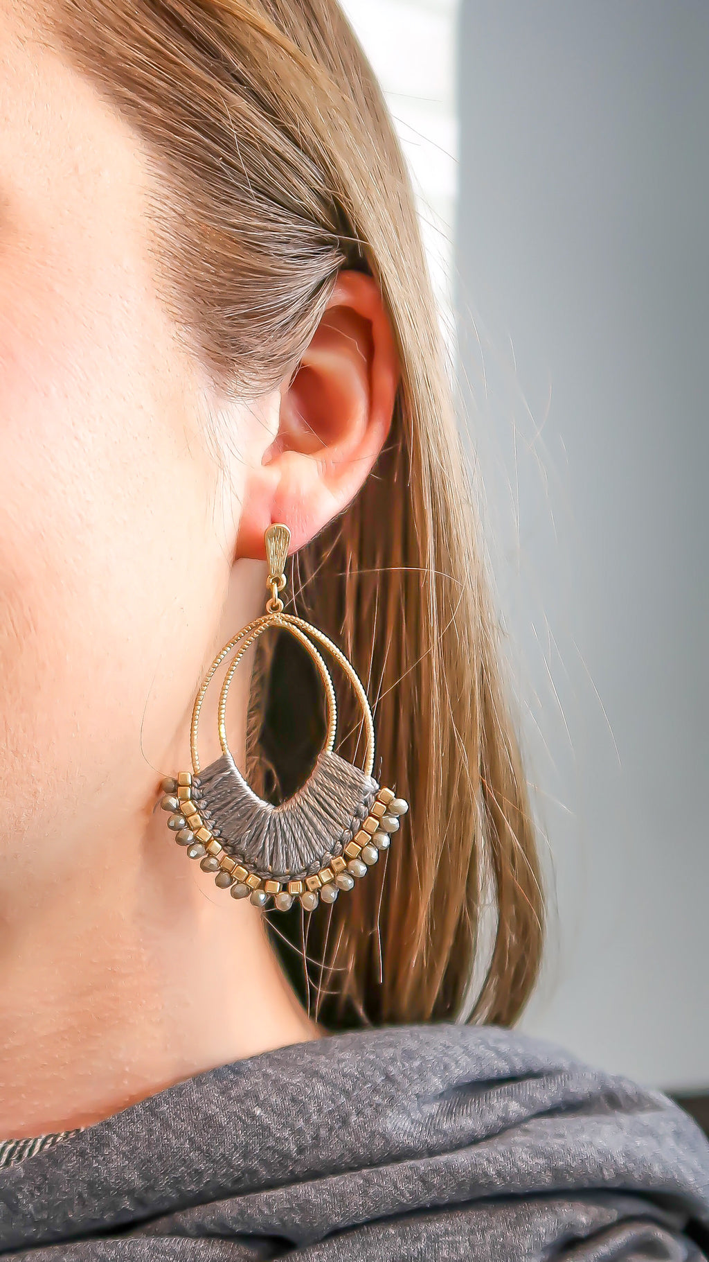 Elegant Grey Earrings