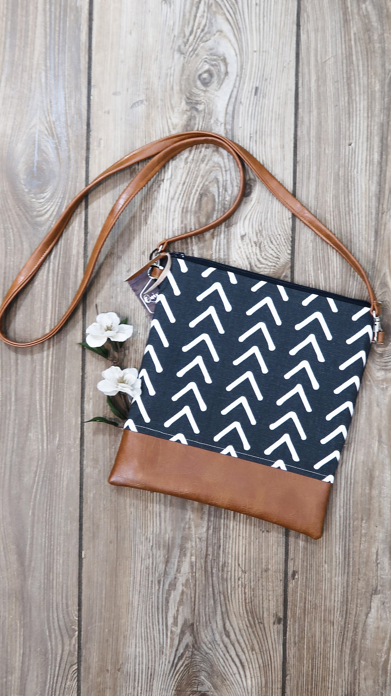 Quiver & Bow Crossbody Bag-Charcoal