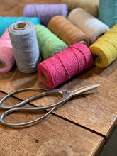 Load image into Gallery viewer, Baker's Twine - Striped and Solid - 100 m / 2 mm for Gift Wrapping & Crafts
