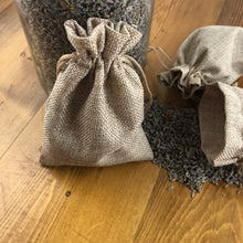 Load image into Gallery viewer, Burlap sachet for gift