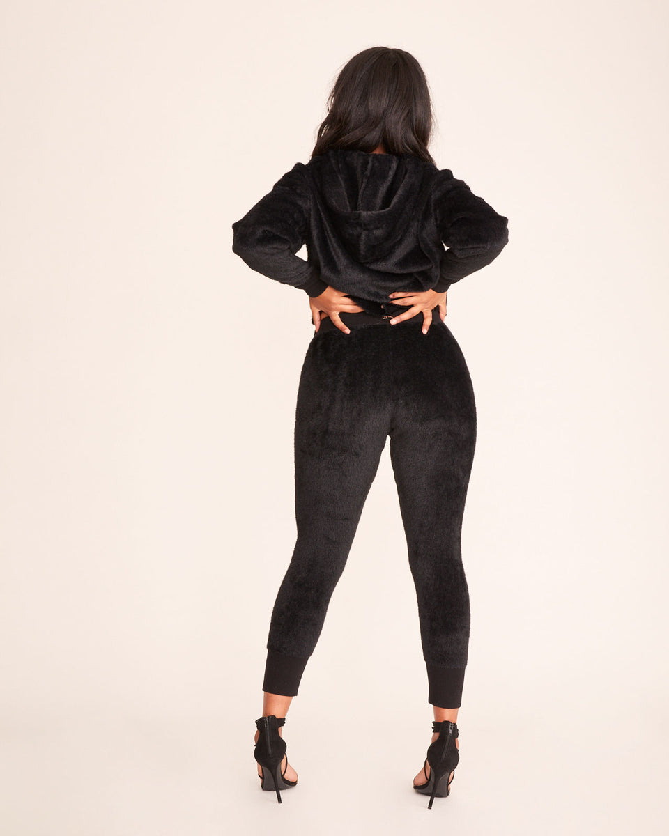 EMBROIDERED FUZZY JOGGER - Black