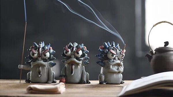 Suan Ni Incense Holder