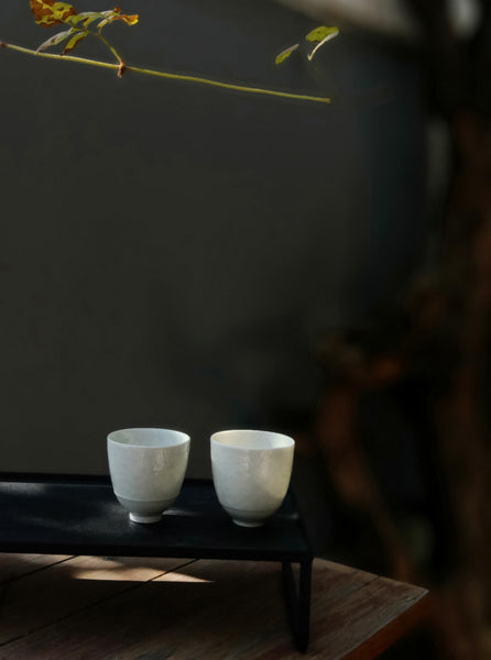 Jingdezhen thin tire smelling tea cup