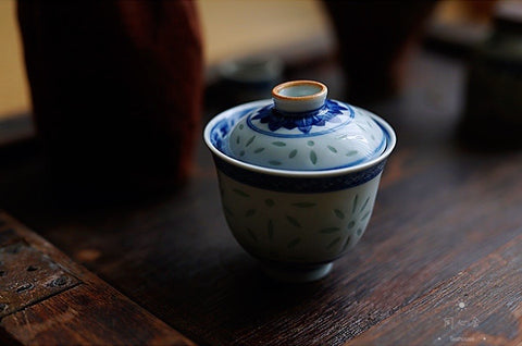 Blue and white exquisite little Gaiwan 100ml