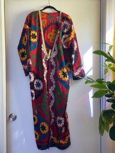 1980s Magical Red Robe - Beautiful embroidery - stay at home in style!