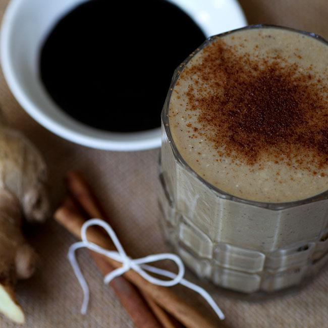 NuZest Gingerbread Christmas Smoothie