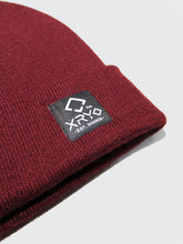 Load image into Gallery viewer, Waypoint Crest Beanie Burgundy